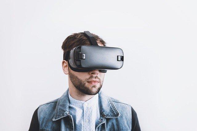 VRを使って何ができるのか?